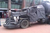 Mad Max - бензовоз-монстр